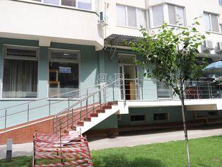 Încăpere 111mp parter ieșire separată strada Albișoara 80