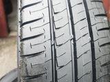 215/65/16C Michelin