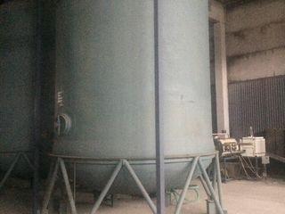 Цистерны,Резервуары вертикальные 26.0 куб/м  для воды и пищевых продуктов.