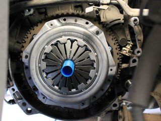 Замена комплекта сцепления автомобиля - от Nipon Auto Service