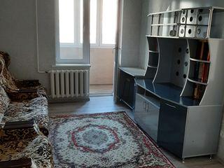Сдам 2-ух комнатную квартиру в центре г. Бельцы