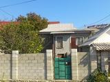 1/2 полутораэтажного дома на 0,43 сотках в Яловень по ул. Валя Хайдучелор. Цена: 43 500 евро.