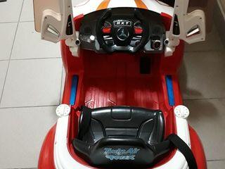 Se vinde masinuta electrica pentru copii.