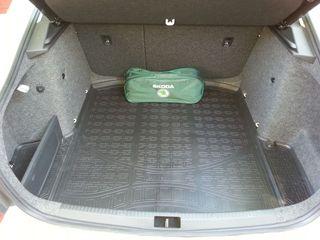 -15% Автомобильные коврики в салона и в багажник из полиуретана Unidec.1985-2020 г. Защита картера.