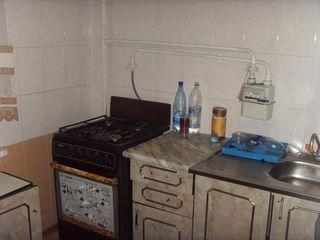 Buiucani,Creanga/  Teodorovici, apartament cu 2 odai-  160 euro