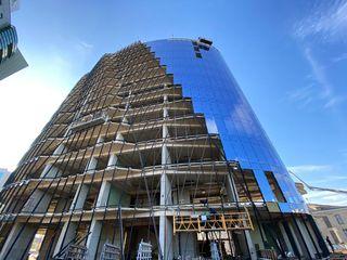 Продаем последнее офисное помещение  350м2  в бизнес центре на Штефан чел Маре!