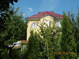 Дом-дача у озера в Данченах!