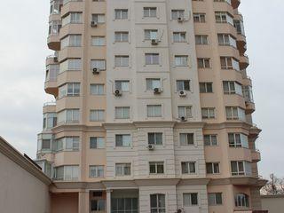 """2-комнатная в центре на Букурешть 96 """"Crown Plaza"""""""
