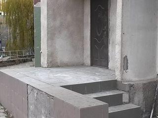 маленький офис на рышкановке отдельный вход/ Vindem oficii la rishcanovka