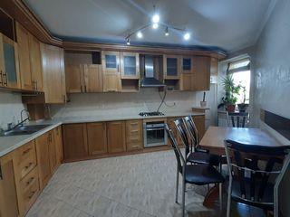 Vânzare apartament cu 3 camere, Buiucani