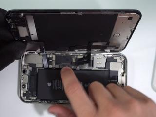 Iphone 11 Bateria nu se încarcă? О vom înlocui fără probleme!