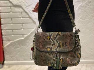 Скидки -20% на сумочки и рюкзачки только до 1.05.Поспешите!/genti pt cele mai stilate doamne