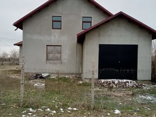 Vind casa in or.Cimislia r.Taivani