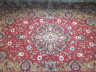 ковры 2*3 в отличном состоянии по 600 леев каждый