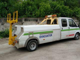 Эвакуатор. Evacuator     (спец техника)