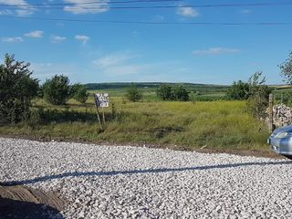 Se vinde  teren de constructie in satul Piatra,r-nul Orhei.
