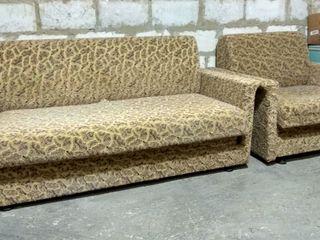 Продаю диван в 3сложения.