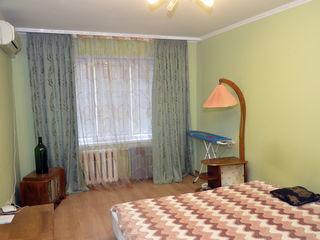 Сдам помесячно 2-комнатную квартиру 240 €. Не агентство.