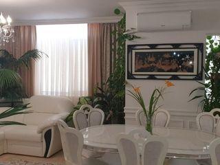 Apartament exclusiv, casa Club House sintuata in zona de parc.