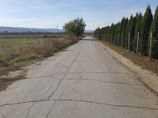 De vinzare 64 ari teren arabil, pe traseul chisinau - cojusna,