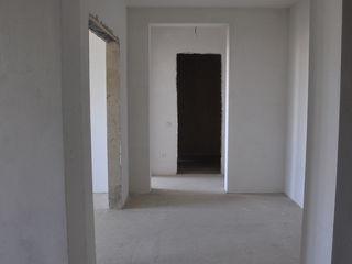 Квартира в элитном жилом доме г. Бельцы. Автономка,белый вариант,Обмен/Торг