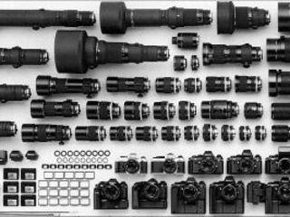 Куплю Объективы и Фотоаппараты Canon , Nikon , Zeiss Leica , Hasselblad и другие.. срочной продажи !