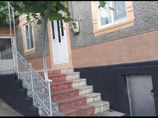 Casa Mihailovca rn.Cimislia 130 mp.cu toate conditiile.