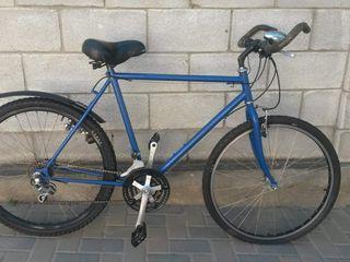 Vind bicicleta in stare buna!!