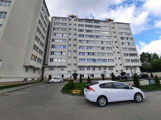 Vând apartament cu 1 cameră in variantă albă, în or. Ialoveni.