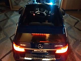 Отличный подарок/Mercedes-Benz GL 63 AMG, pe lac  cu telecomanda/2 locuri