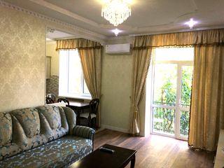 Apartament  cu 2 odai , totul nou-  330 euro