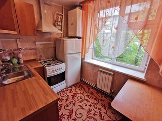 Apartament 2 dormitoare separate Etajul 2/5 Încălzire Autonomă de mijloc Botanica