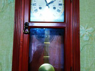 Часы настенные с боем Tempus fugit торг !!!