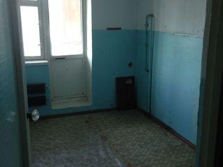 Se vinde apartament cu 2 camere, Sângerei, Centru 54m