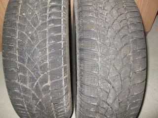 Doua roti 235x55xR17, Dunlop. Iarna.