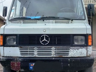 Mercedes reutilat tip vehicul