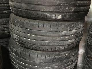 235 65 R17 Dunlop Sport Maxx