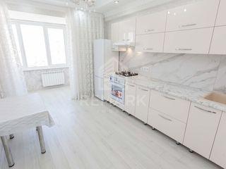 Se dă în chirie apartament nou,  str. Alba Iulia, 350 €