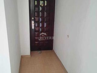 Se vinde apartament cu 2 camere  trecatoare 45.5 m2 regiunea Centru or. Cahul!!!!