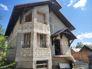 Vânzare casă 140 mp, toate comunicațiile conectate, 6 ari,  Dumbrava, 45 000 euro!