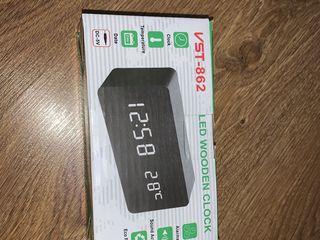 Деревянные часы с ЖК-дисплеем и будильником, настольные цифровые часы с голосовым управлением.