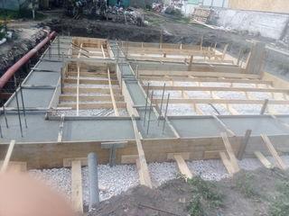 Constructori cu experienta foarte buna