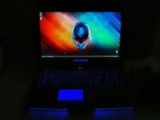 "Dell Alienware 17,3"".i7.16gb.Ssd+Hdd.Gtx 970m.Как новый.Garantie 6luni"