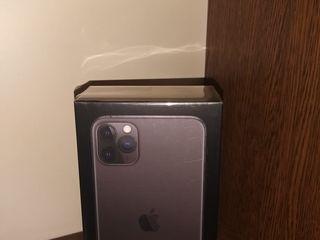 Apple IPhone 11 Pro Max 64Gb - 970 €. Гарантия 2 года! Запечатанный.