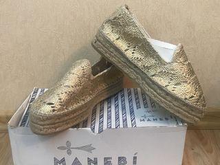 Продам брендовую обувь