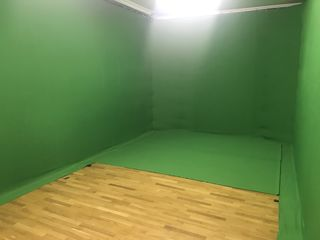 Camera verde - зеленая комната