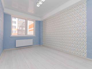 Spîncenoaia, vânzare apartament 3 odai + living, euroreparație, 91 m.p, super preț 69 900€