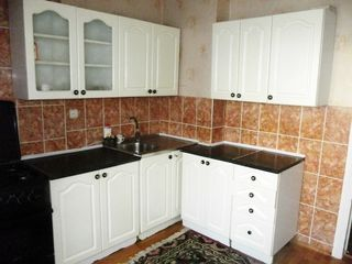 Buiucani, Alba-Iulia , Apartament cu 2 odai, reparatie, mobilat - 200 euro