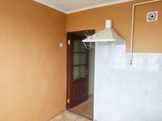 Продается 2х-комнатная квартира в центре г.Рышкань
