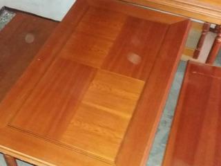 Продаем в комплекте столы и скамьи для ресторана/кафе/бара